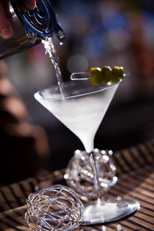 755878_beverage_martini.jpg