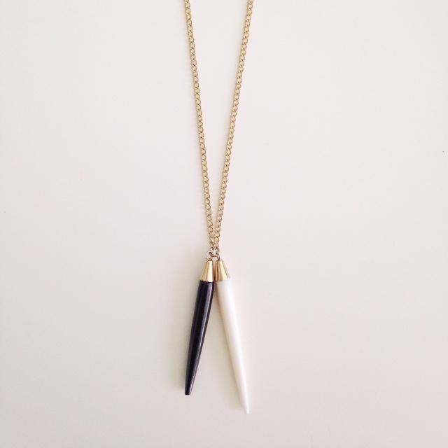 Plume Pendant Necklace