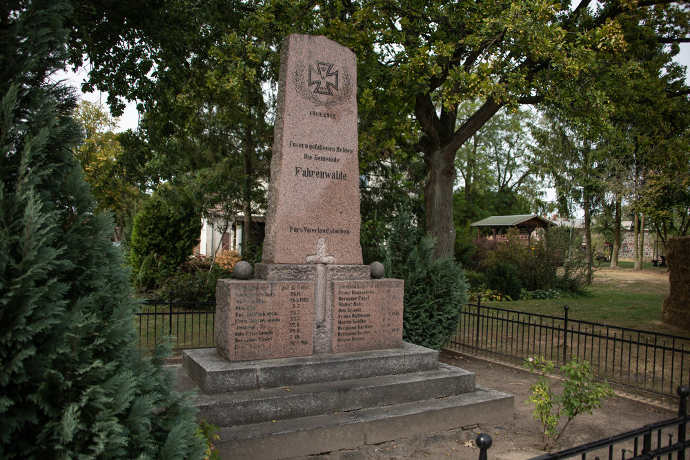 Most of the towns had World War I memorials