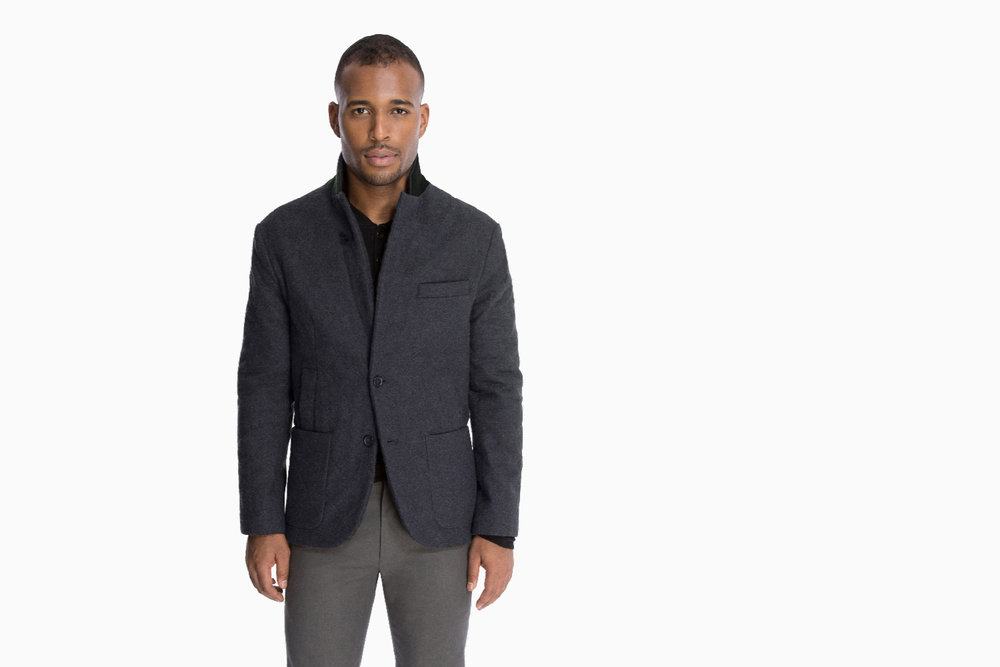 The Quilted Outerwear Jacket - in Charcoal