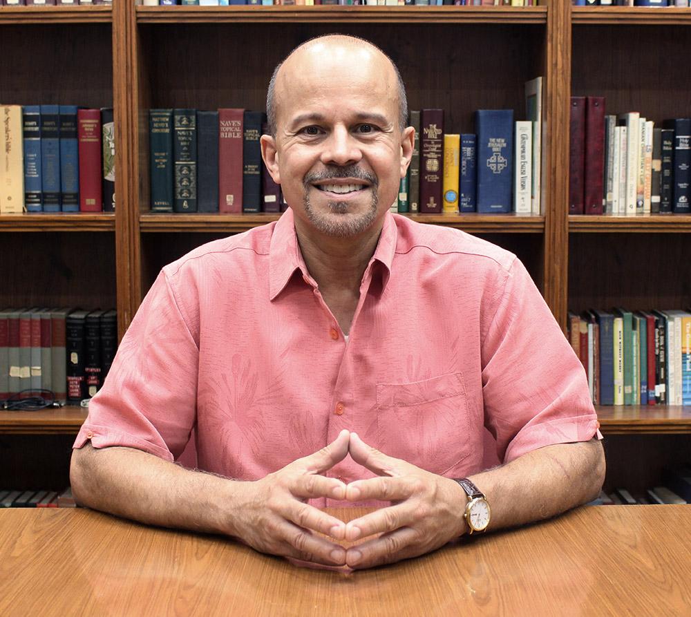David Capiro   Ministro de las instalaciones y de la vida congregacional
