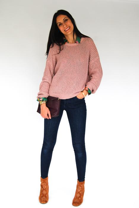 - Zara printed blouse + blush pullover on top + Joe's skinnies + Billabong boots + plum clutch