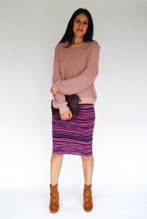 - purple sweater midi + blush pullover layered on top + Billabong boots + plum clutch