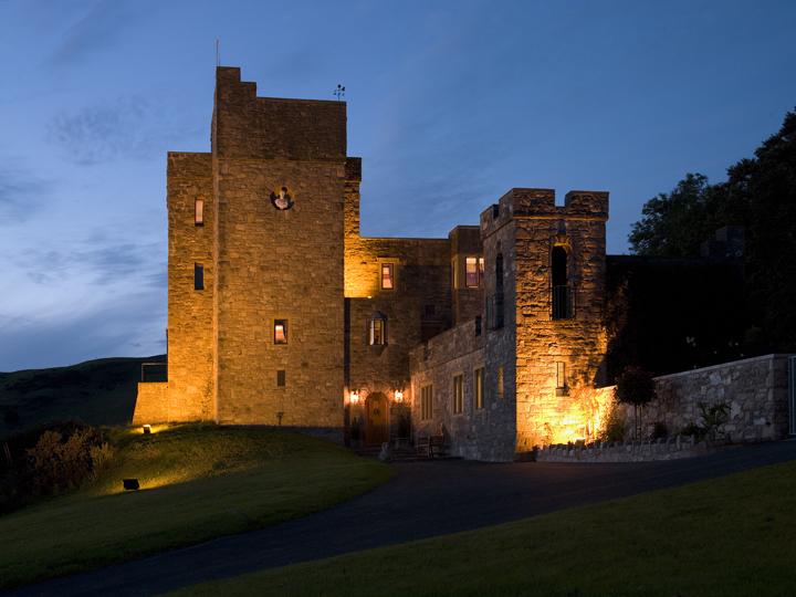 Castell Gyrn Exterior Dusk 2
