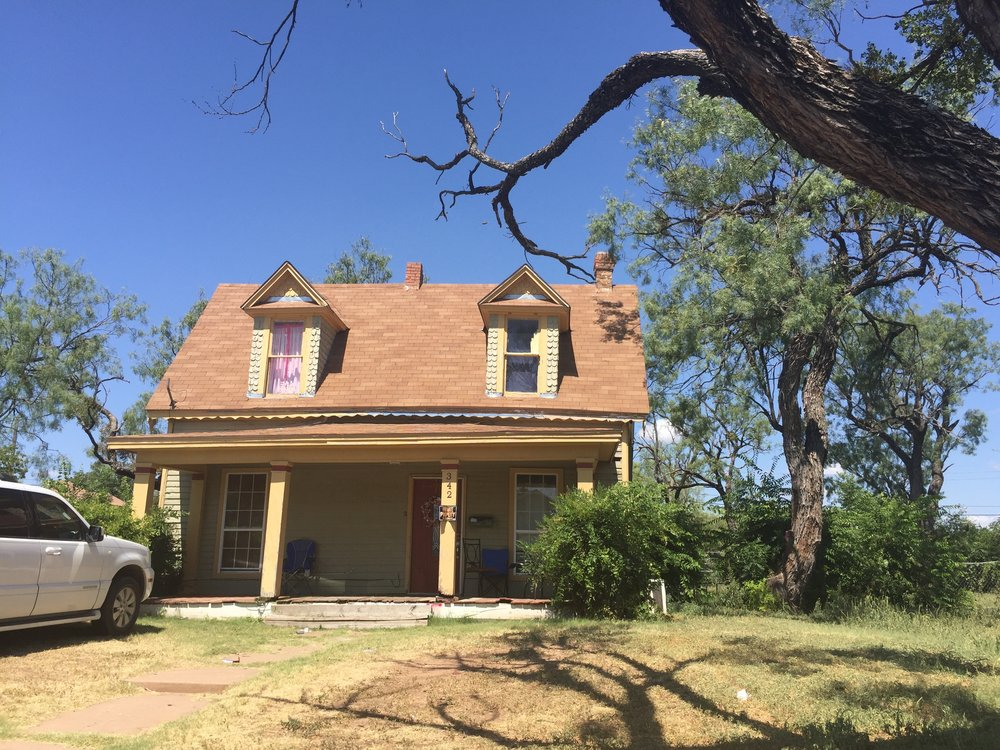 The oldest house in Abilene need some TLC