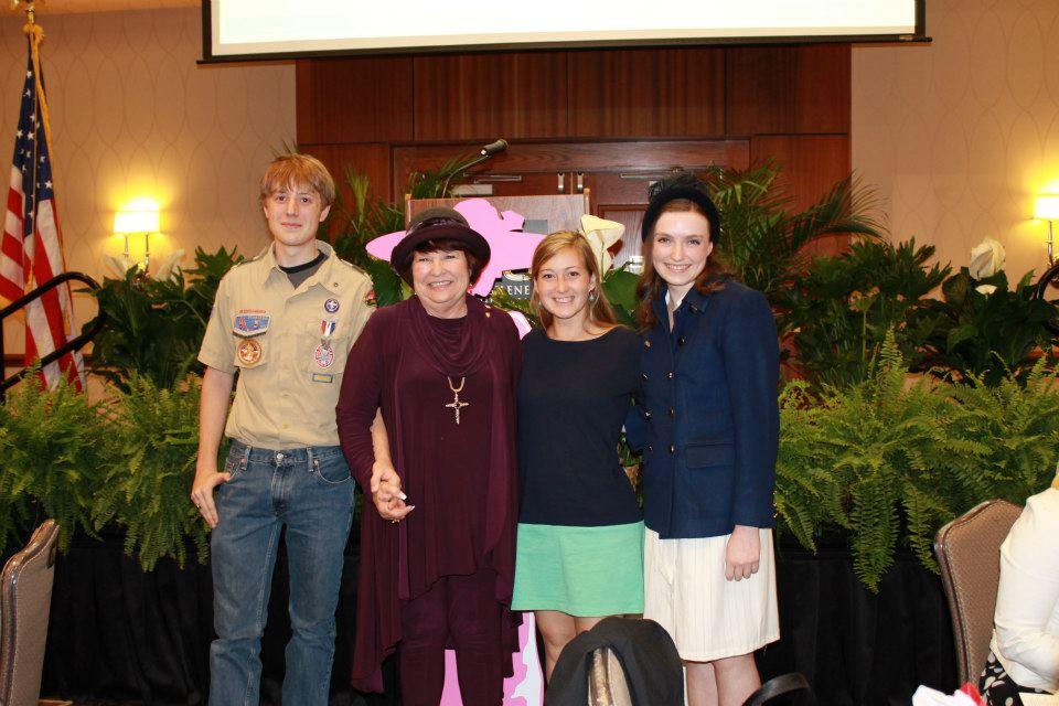 2013 BoyScout Pope,  Donna Albus, Kayli Denson & Victoria Lee