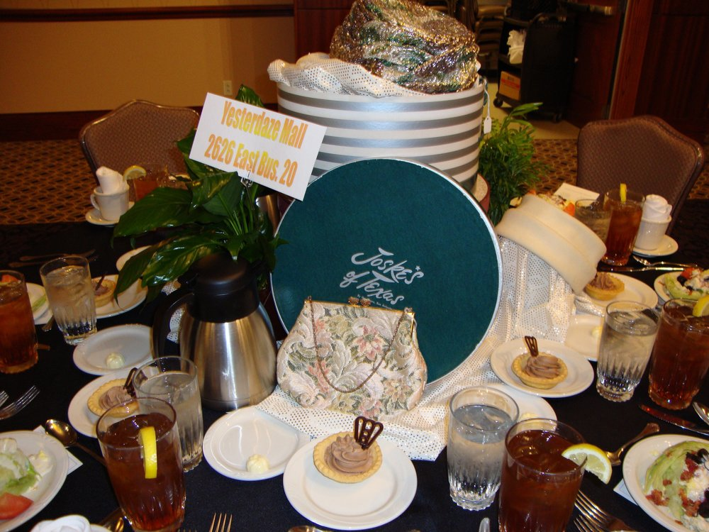 2012 Roy Helen Hats Table