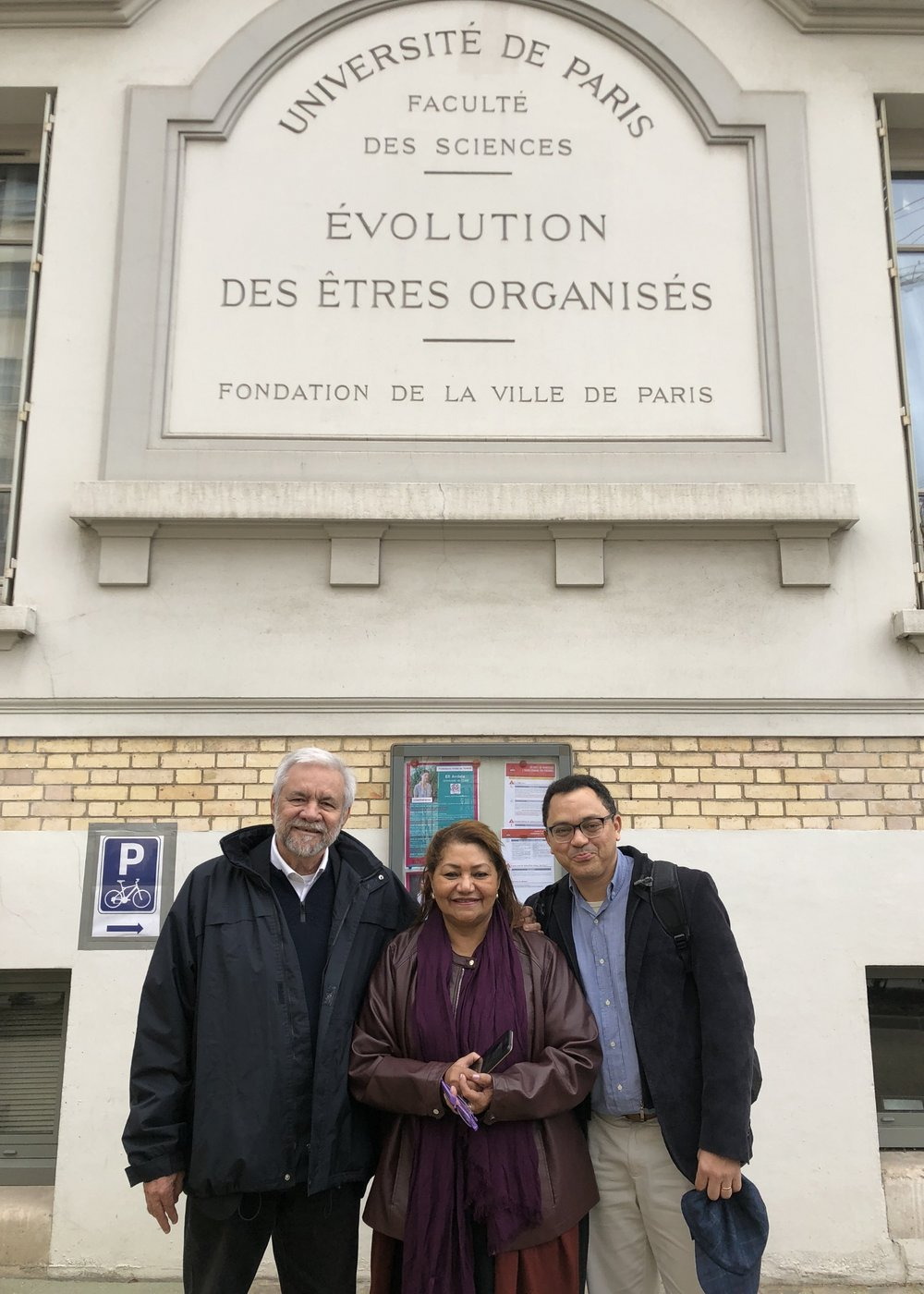 Marcus Barros, Marilene Corrêa and Marcos Colón in the event in Paris