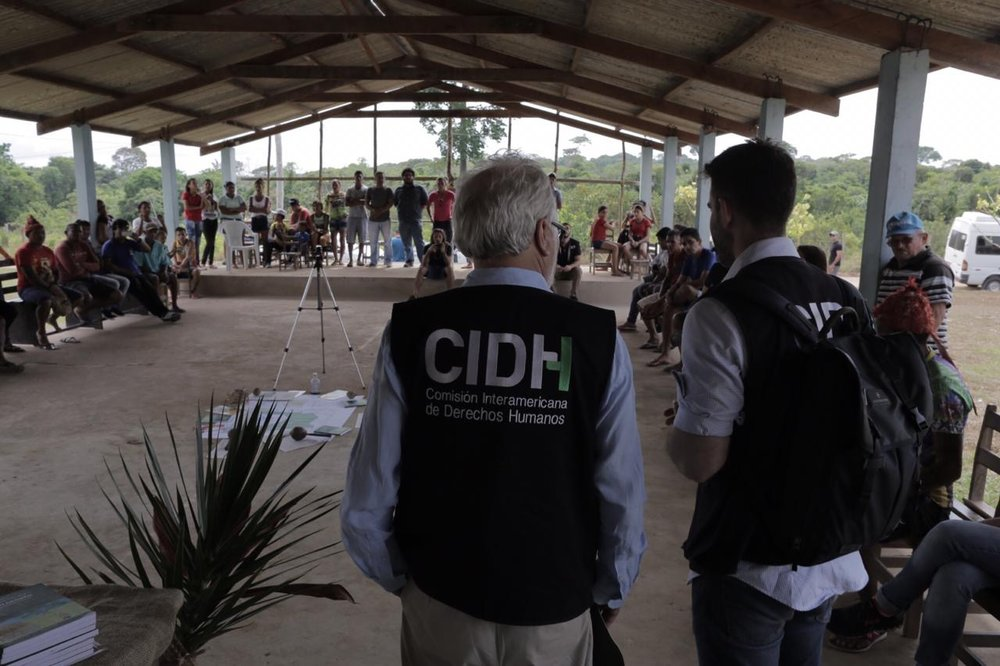 Members of the OAS commission during their visit to the  Açaizal indigenous community  Santarém. Picture: CIDH