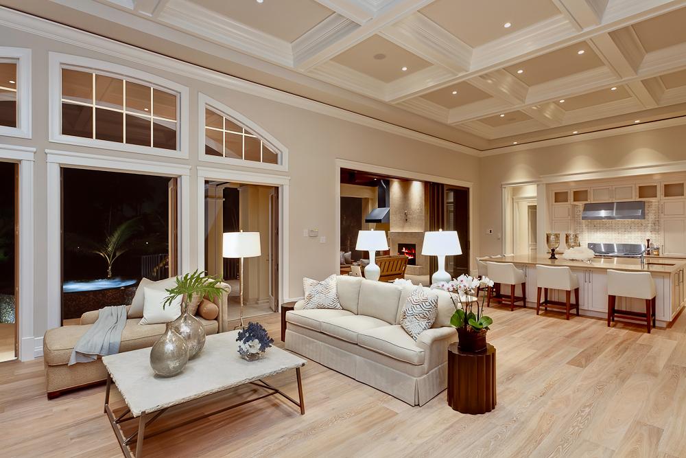 6 - Naples Boater's Dream - Living Room.jpg