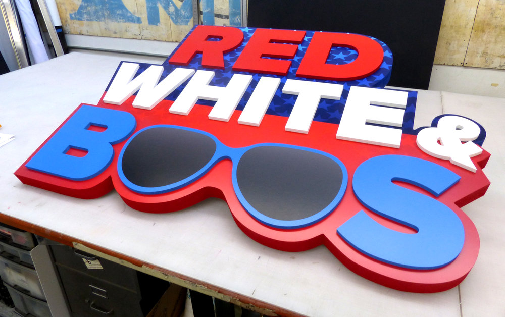 Red White Boos 04.jpg