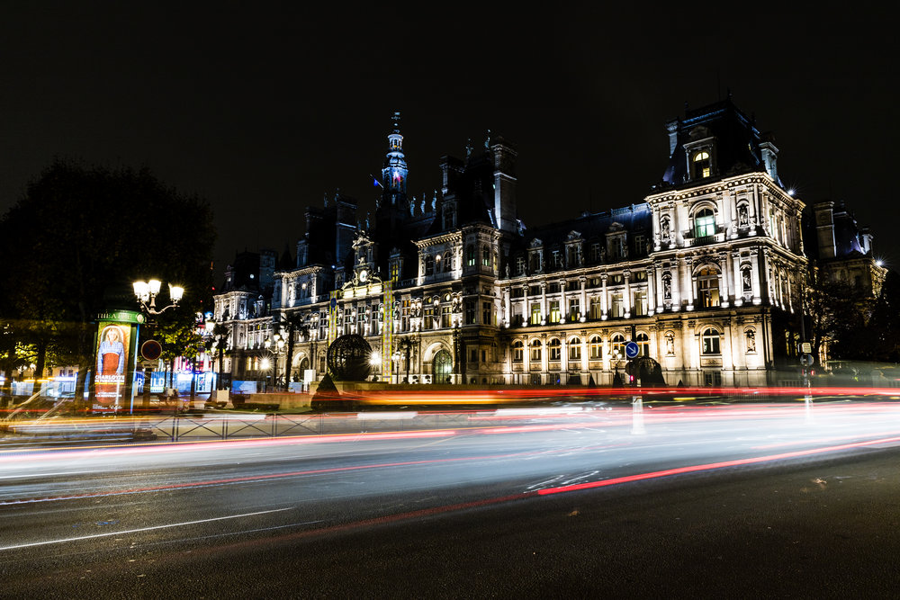 "Outstanding ""Hotel de Ville de Paris"" by night…"
