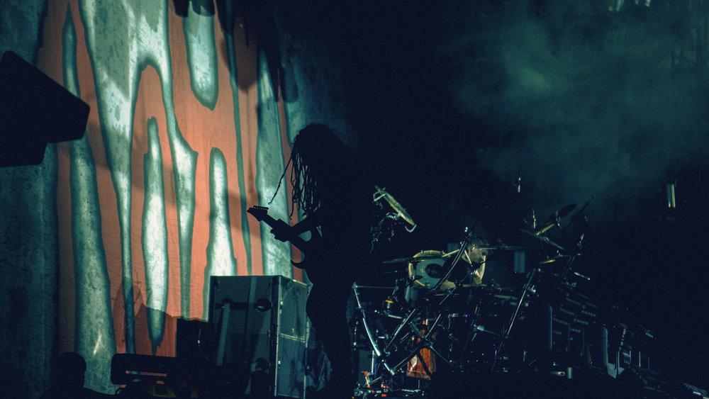 LiveMusic_Korn_1.jpg