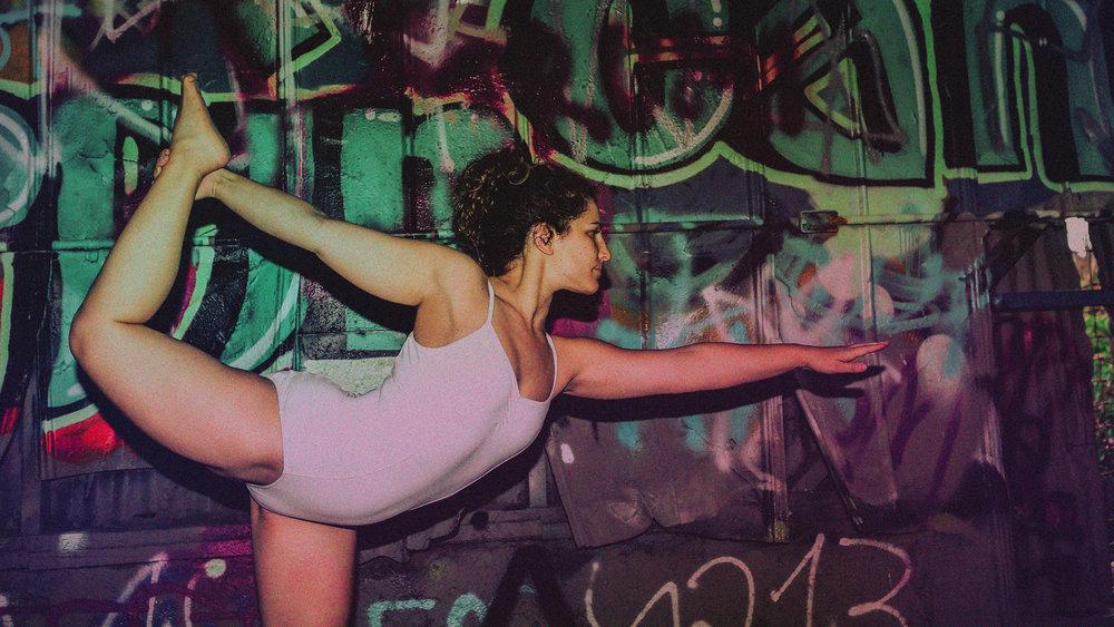 Naomi_Yoga_1.jpg