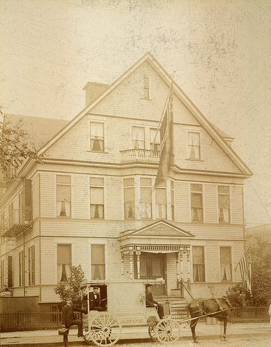 Norwegian Lutheran Deaconesses' Home and Hospital in Brooklyn. Photo © ELCA Archives.