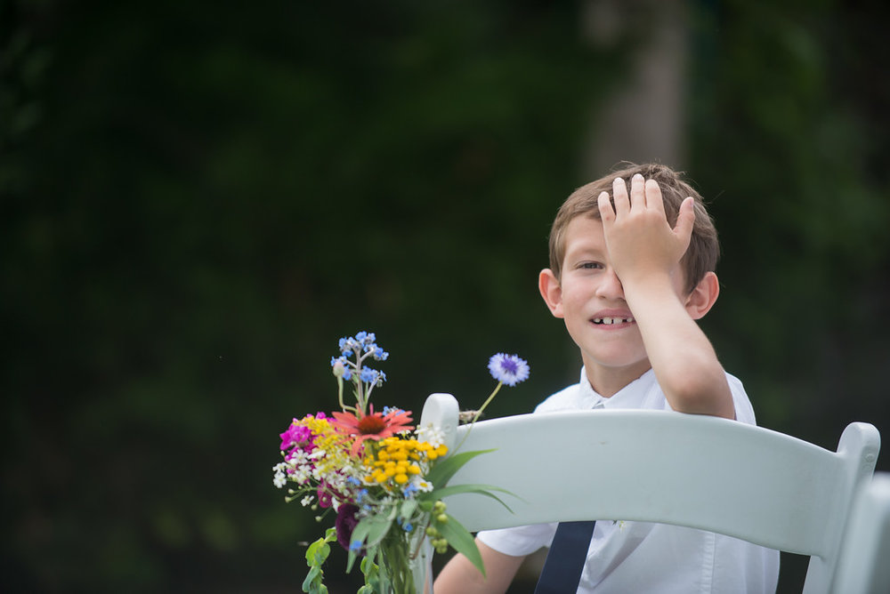 wes fisher photography boy at wedding .jpg