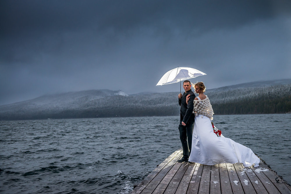 wes fisher photography - winter wedding on dock.jpg