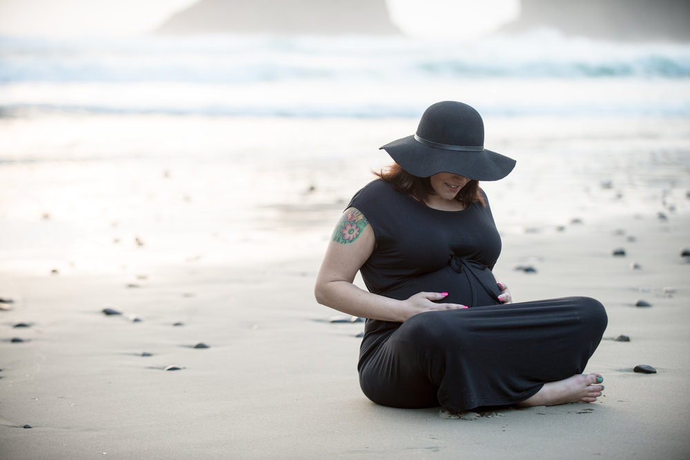 wes fisher photography - maternity - woman on shore.jpg