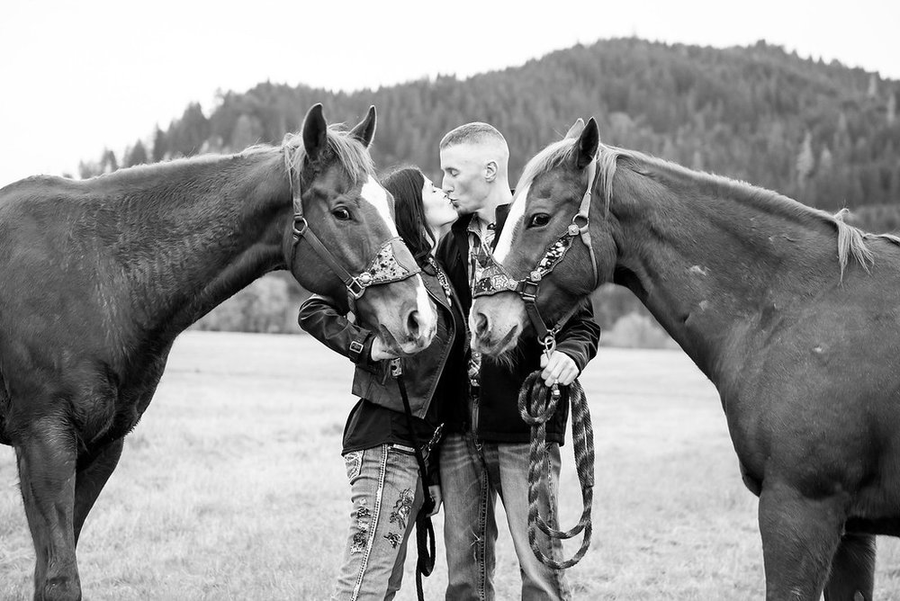 Wes Fisher Photography - Engagement - couple with horses.jpg