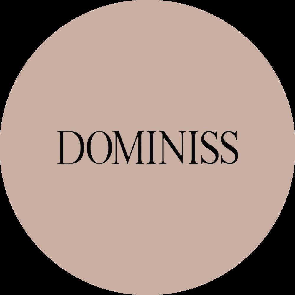 Premium tkanine, uravnotezene silhuete, obilo prefinjenih podrobnosti - ukrajinske obleke DOMINISS zasencijo celo evropske modele. DOMINIS je novi korak v porocni modi, ki prijetno preseneca neveste. S porocnimi oblekami DOMINISS se zdi, da se potopite v svet raziskovanja in boemske lepote, enostavnosti in udobja.