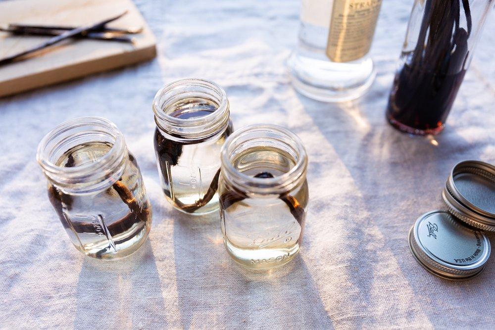 homemade-vanilla-extract.JPG
