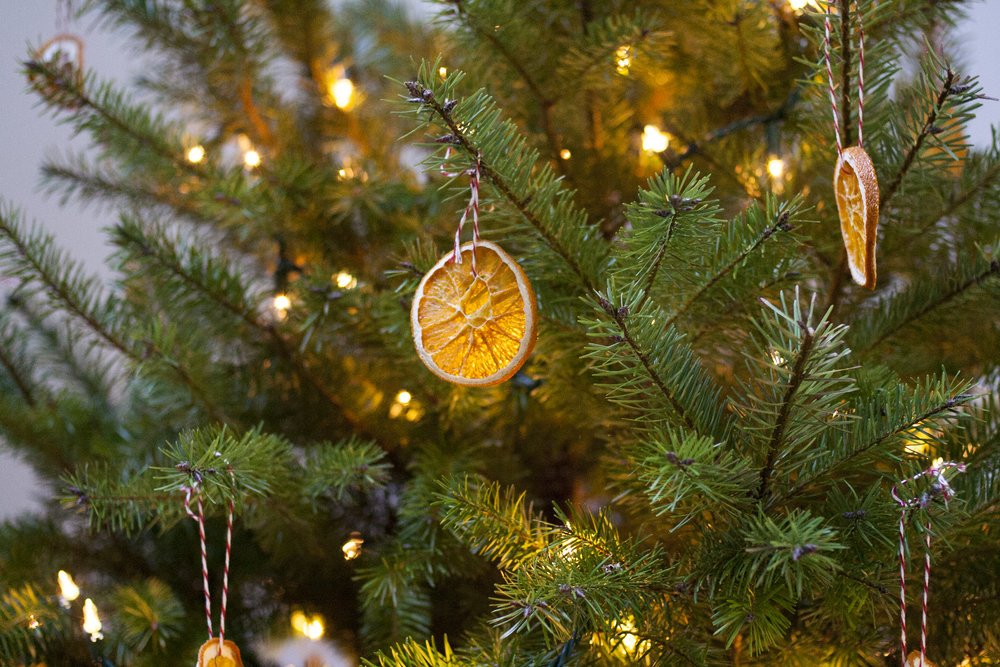 dried-orange-ornaments.jpg