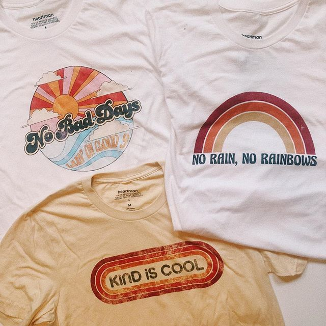 A couple of our fall go-to tees 😍 Which is your favorite?!