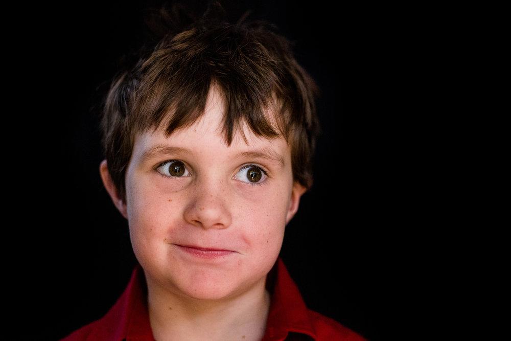 School-portraits-north-queensland-child-2.jpg