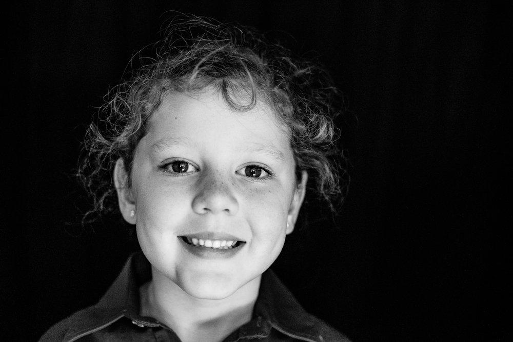 School-portraits-north-queensland-child-3.jpg