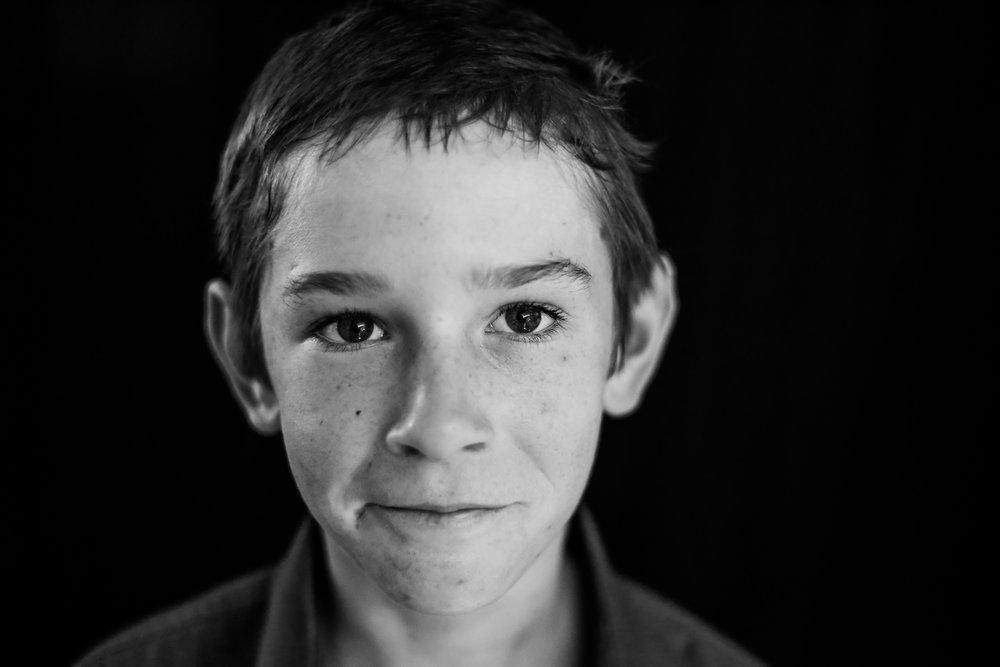 School-portraits-north-queensland-child-9.jpg