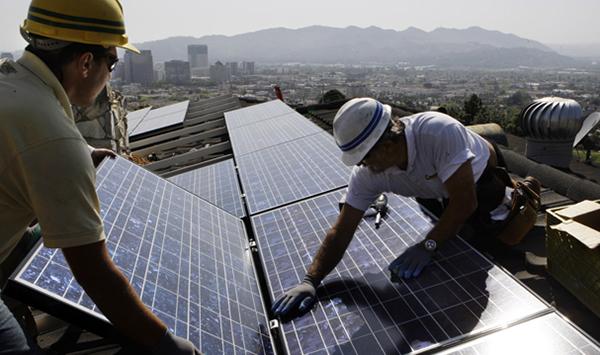 Solar-rooftop-install-600x355.jpg