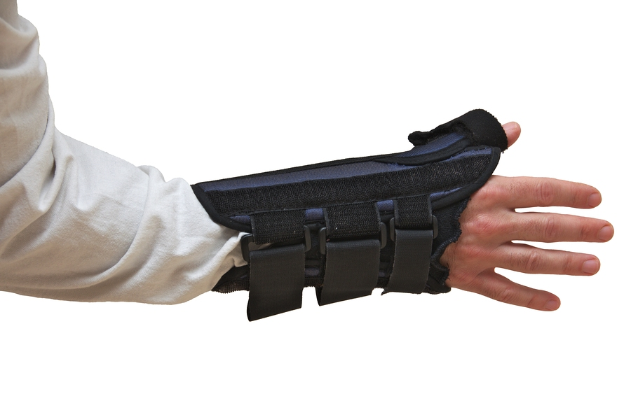 bigstock-Wrist-And-Thumb-Brace--Splint-62359661.jpg