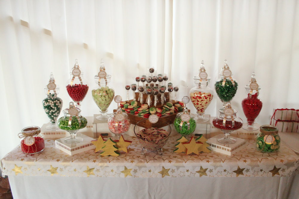 Christmas Candy Bar - Red, Green, White, Gold. Corporate Events, Birthdays, Weddings, Parties, Anything.  Lollies, Chocolate, Sweets, Treats.