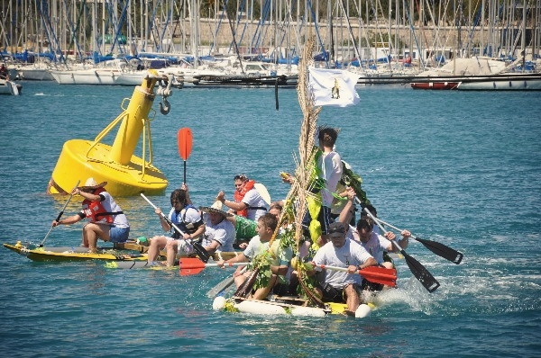 The Banana Raft hold the lead