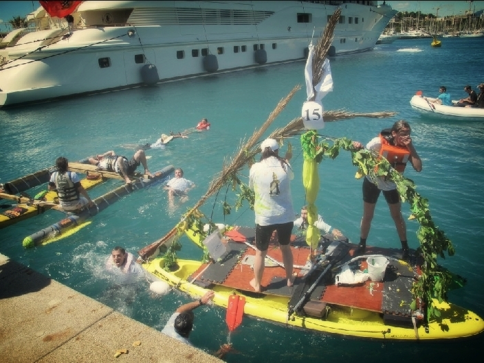 """The Winners """"Banana Raft"""""""
