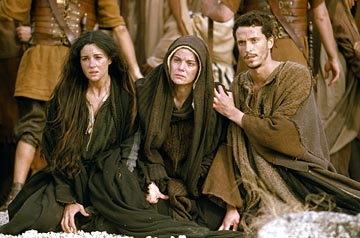 MARY_MAGDALENE_-_Mary_Magdalene_Mary_of_Nazareth_and_John_in_the_film_The_Passion_of_the_Christ.jpg