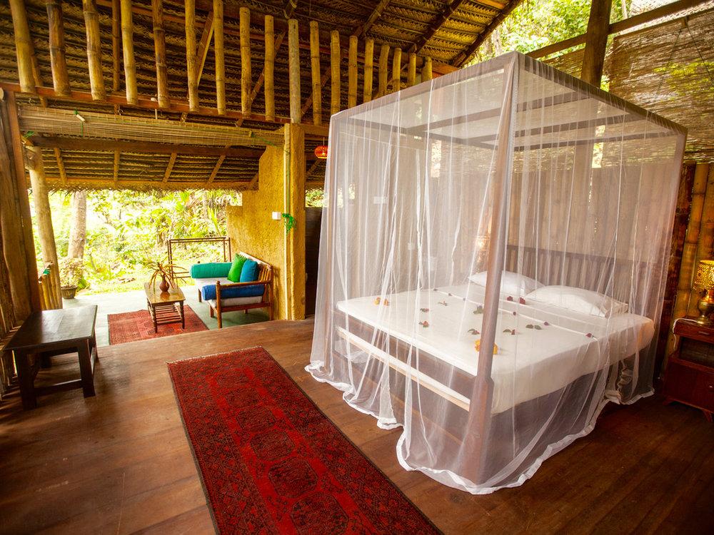 sri-lanka-bamboo-hut.jpg