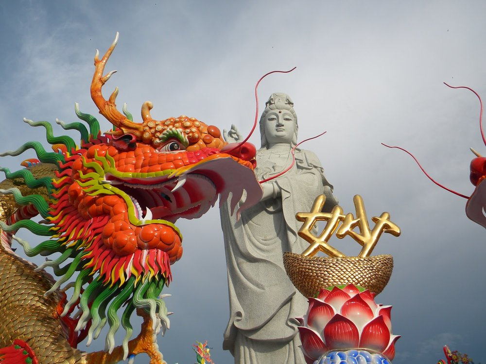 Statue of Guanyin 2.jpg