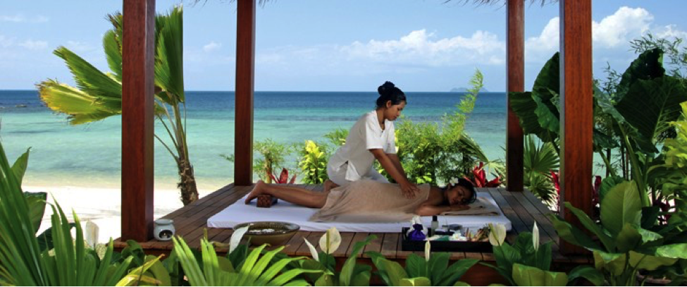 Cant-Miss-in-Koh-Samui-Massage-on-Beach.png