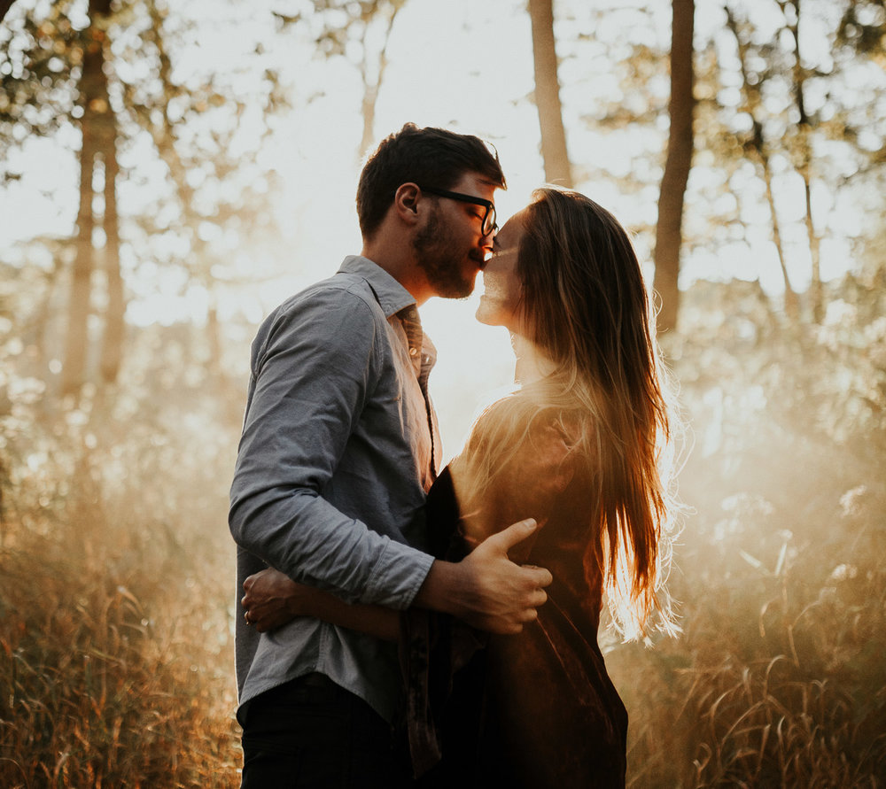 outdoor-sunset-romantic-engagement-session (61 of 143).jpg