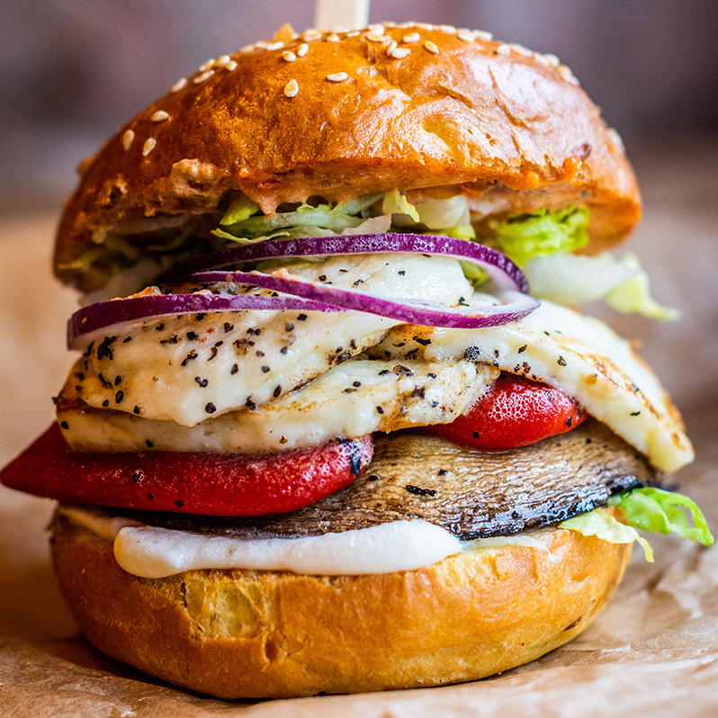 Dancing-Moose-Restaurant-Bar-Halloumi-Veggie-Burger.jpg
