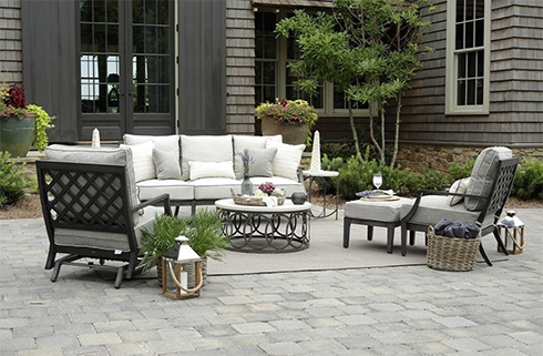 Lattice Outdoor Living Room