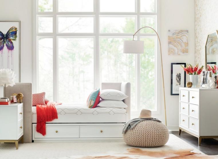 chelsea-upholstered-daybed.jpg
