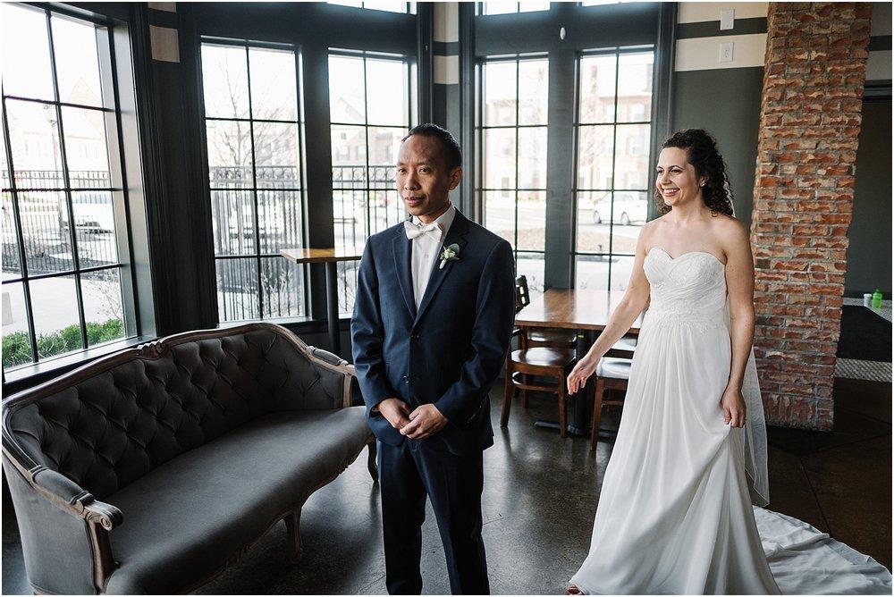 M_D_Columbus_Ohio_Classy_Romantic_Wedding__0010.jpg
