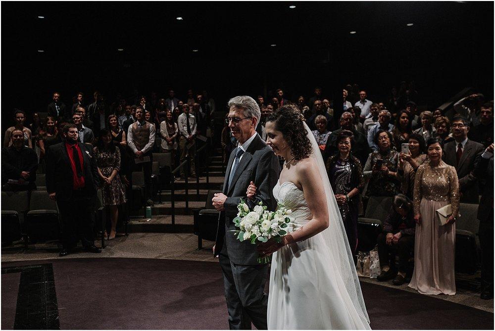 M_D_Columbus_Ohio_Classy_Romantic_Wedding__0026.jpg