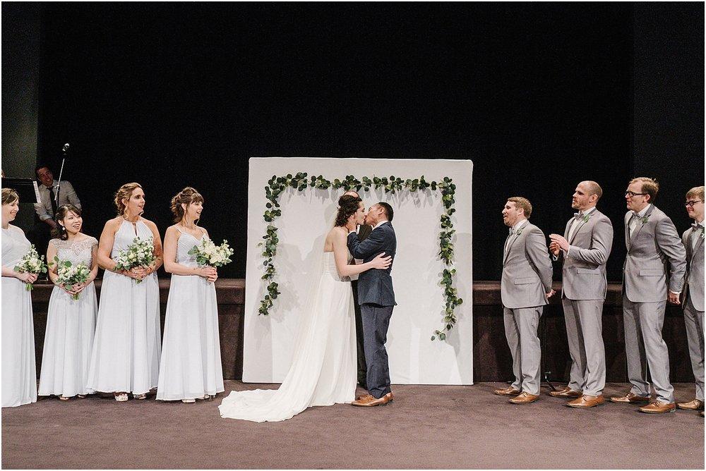 M_D_Columbus_Ohio_Classy_Romantic_Wedding__0030.jpg