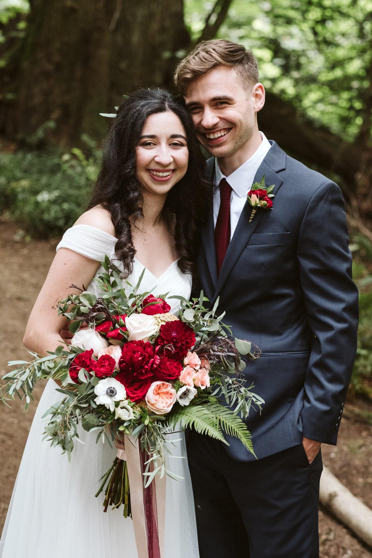 Isabel-Jacob-Outdoor-Seattle-Romantic-Wedding-Twim-Willow-Gardens-Snohomish-Washington-2.jpg