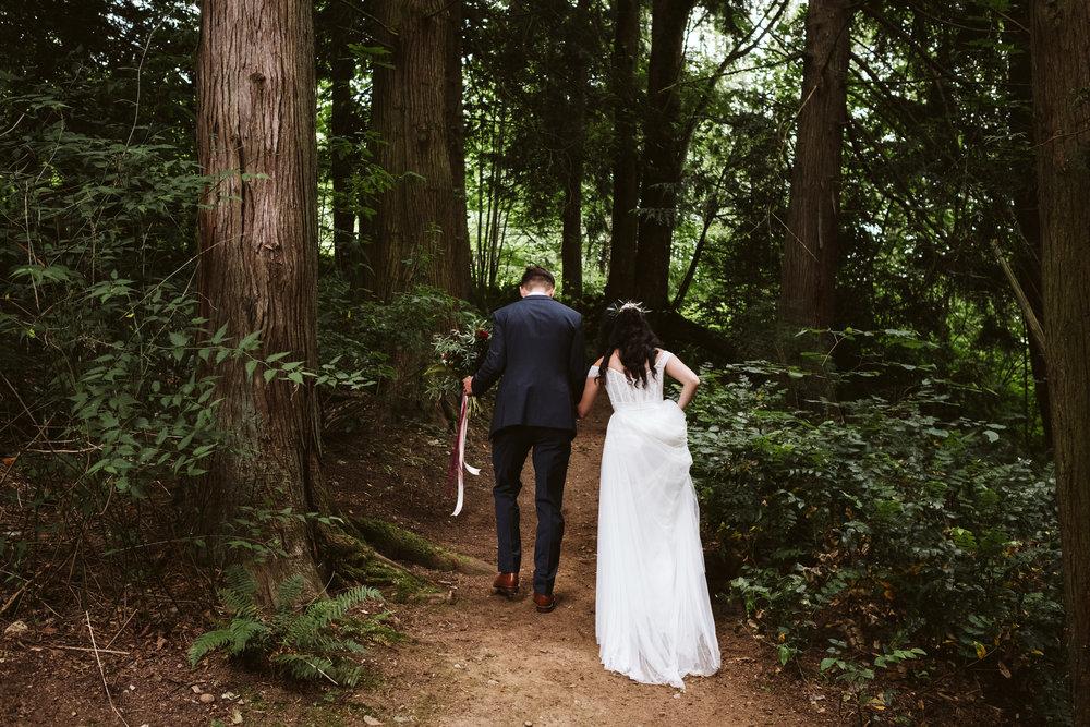 Isabel-Jacob-Outdoor-Seattle-Romantic-Wedding-Twim-Willow-Gardens-Snohomish-Washington-4.jpg