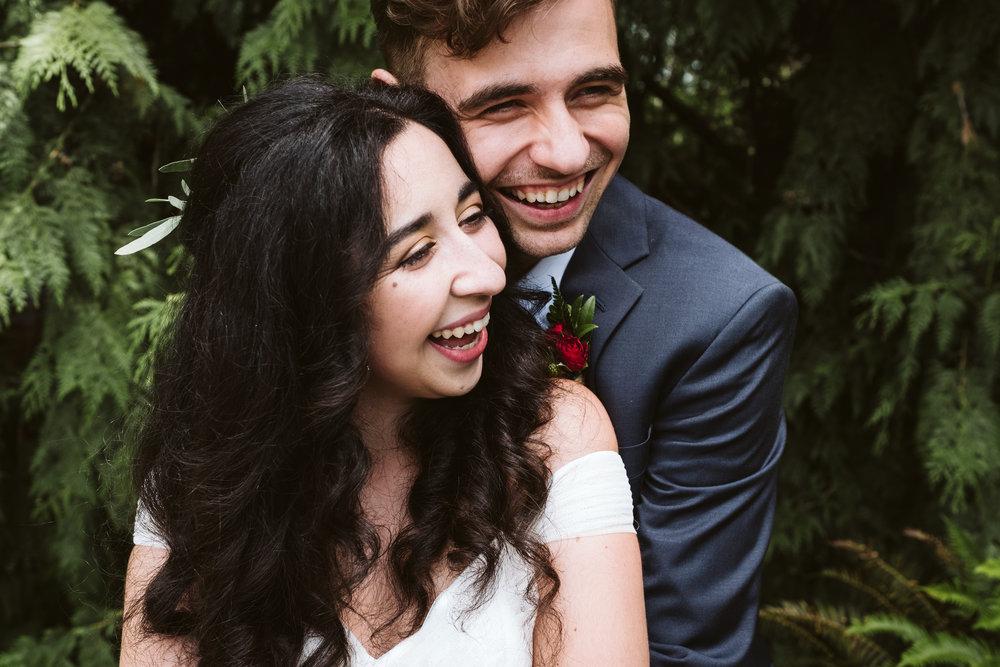 Isabel-Jacob-Outdoor-Seattle-Romantic-Wedding-Twim-Willow-Gardens-Snohomish-Washington-6.jpg