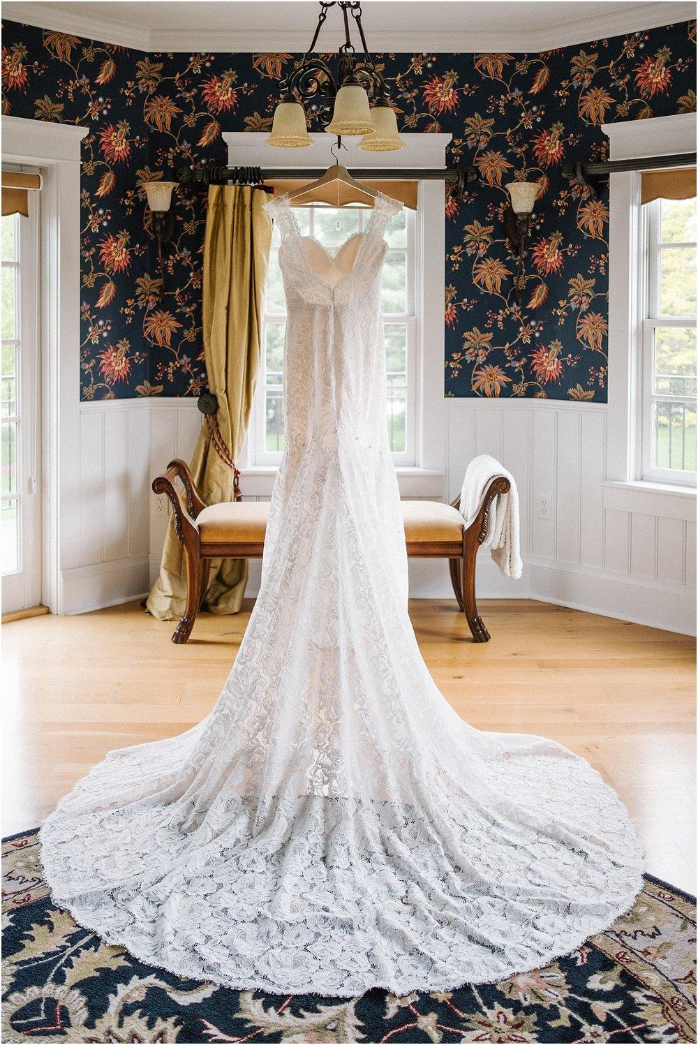 M_D_Columbus_Ohio_Classy_Romantic_Wedding__0059.jpg